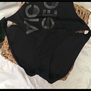 6b1951eba4 Victoria s Secret Swim - Victoria s Secret Monokini